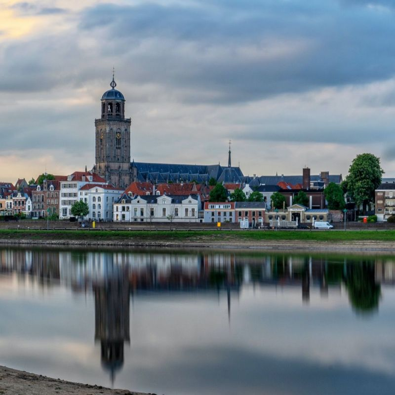 <strong></strong><br><p>Deventer</p>