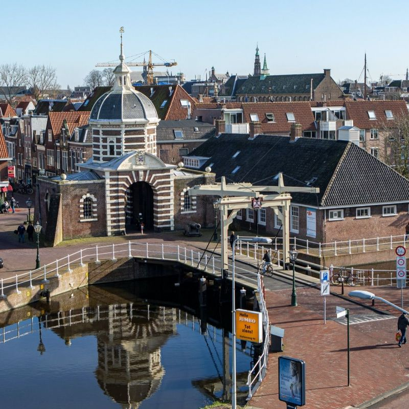 <strong>Leiden</strong><br><p>Morspoort</p>