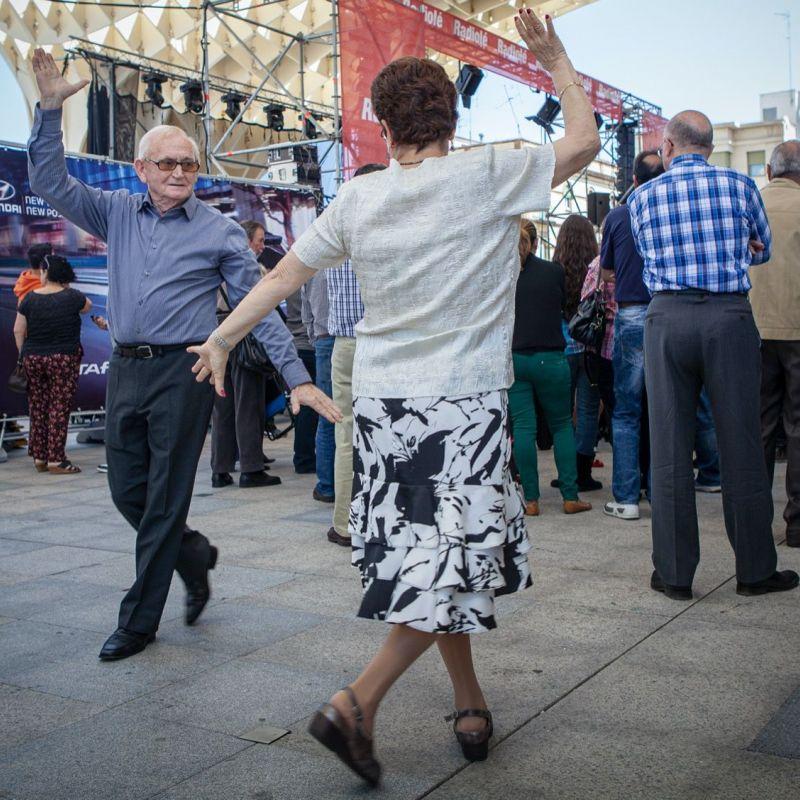 <strong>Spanje</strong><br><p>Sevilla , dans op Metropol Parasol</p>