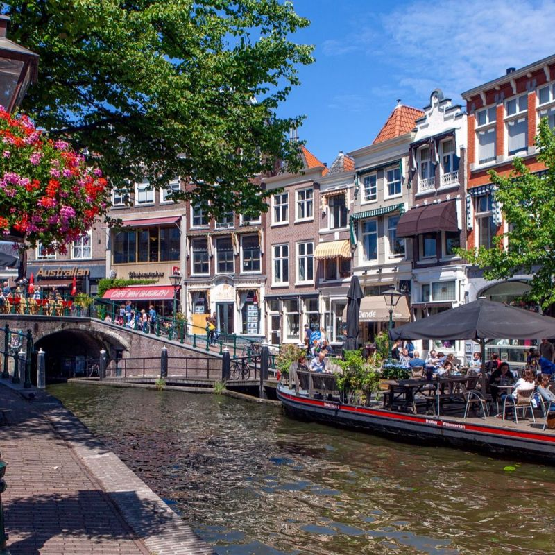 <strong>Leiden</strong><br><p>Nieuwe Rijn</p>